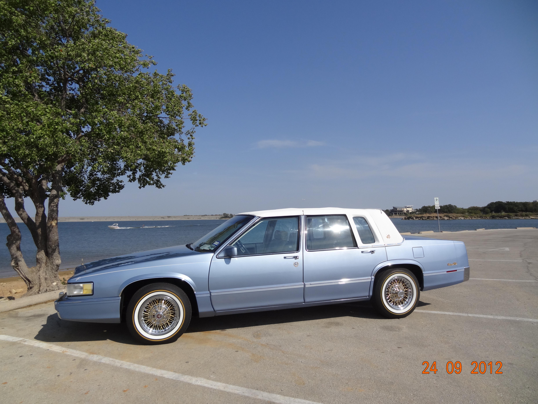 1990 Cadillac Sedan DeVille purchased new in Dallas ($38,404):
