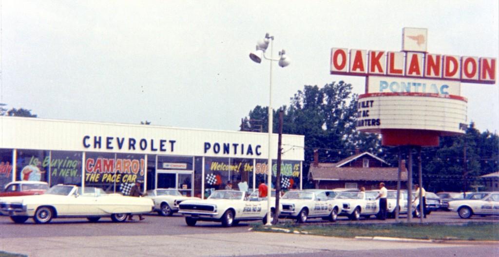 Oaklandon Sales in Indianapolis Indiana