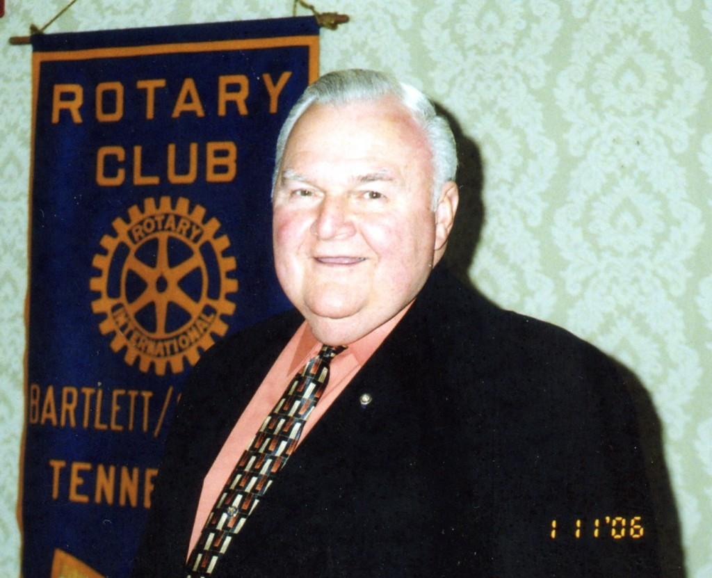 Alex at Bartlett Cordova Rotary Club November 2006